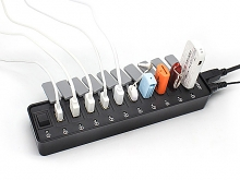 USB 3.0 10-Port Hub with Dust Cover