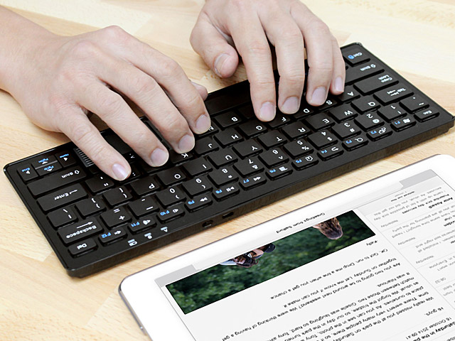 Bluetooth Keyboard with Touchpad (C201)