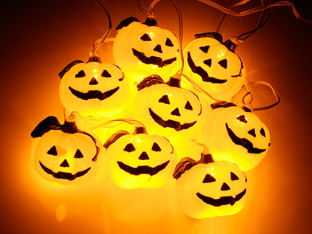 USB Halloween Pumpkin Decor Light (8 LED lights)